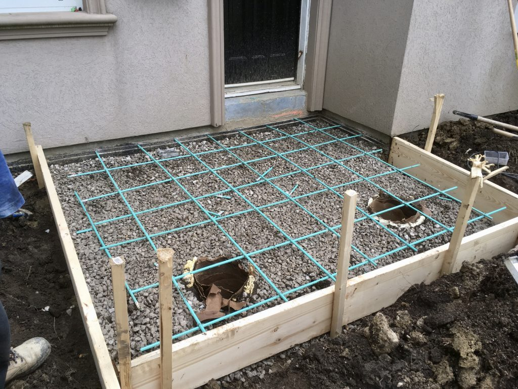 Concrete pad forms in Toronto