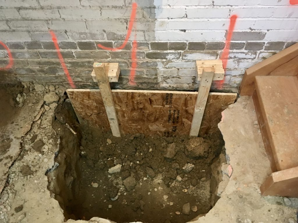 Forms for underpinning section